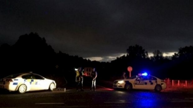 Police cordons remained in place on Onepu Spring Road as night fell.