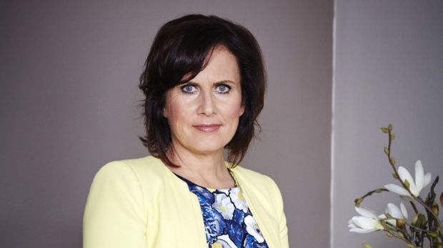Jo Lamble, a clinical psychologist specialising in relationship therapy, is one of the two counsellors on the show.