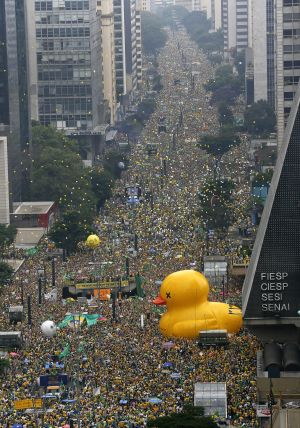 Peaceful demonstrators fill Paulista Avenue on Sunday. Estimates put the total numbers of attendees between 2 and 3 ...