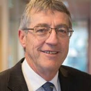 Agriculture Department secretary Daryl Quinlivan has failed to persuade staff to accept the latest offer.