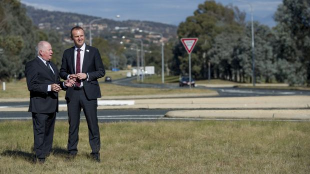 Then Roads Minister Mick Gentleman and Chief Minister Andrew Barr announcing the Tuggeranong duplication work last May.