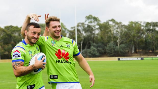 English duo Josh Hodgson and Elliott Whitehead will be vital for the Canberra Raiders against Gold Coast on Saturday.