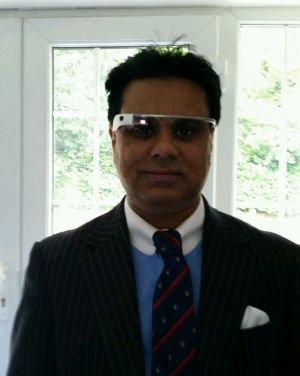 Dr Shafi Ahmed wearing Google Glass