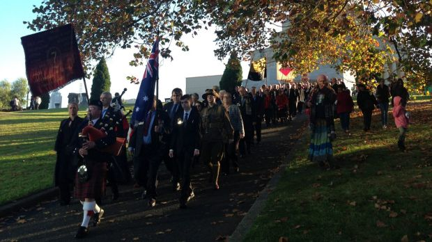 WWI descendants held an alternative march and service at the Shrine.