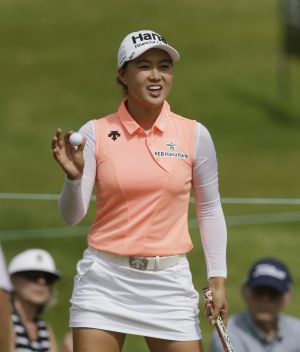 Leading golf body under fire for tightening dress code for female players
