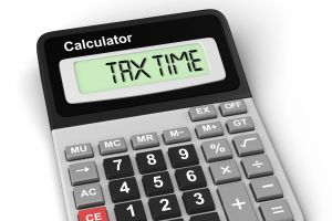 The figures show that the average Australian claims $3041 of deductions on their tax return.