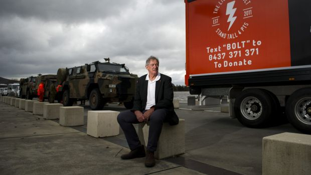 Vietnam War veteran and former Australian cricketer Tony Dell with the convoy on Tuesday.