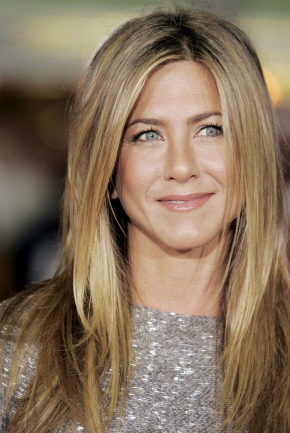 "Jennifer Aniston said that she would never forget the time she appeared on Oprah's show with the Friends cast. ""I ..."