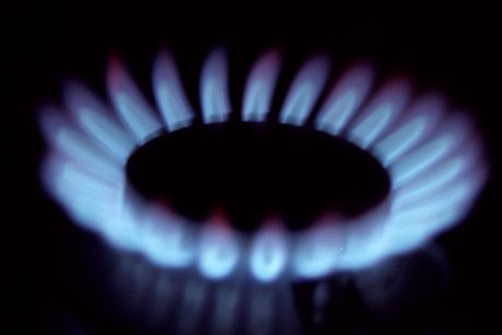 Gas buyers want LNG exports controls to be implemented on January 1.