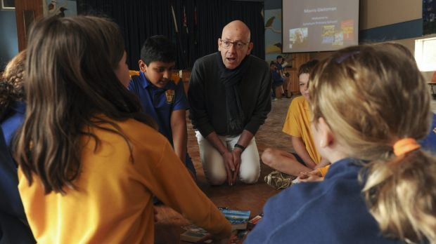 Children's author, Morris Gleitzman, chats with year 5/6 students at Lyneham Primary School.