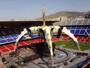 U2's 360 tour featured a structure wrapped by Tensys.