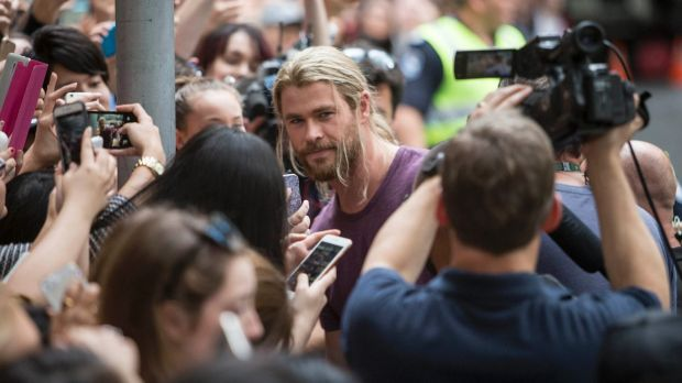 Chris Hemsworth took time out to meet fans while filming Thor: Ragnarok in Brisbane, Australia on August 23, 2016.