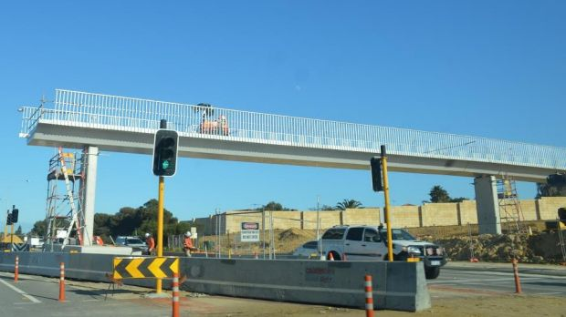 Therell Be More Night Closures For Burns Beach Rd And The Mitchell Freeway To