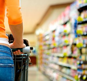 The National Retail Association has slammed proposed amendments to trading hours legislation.