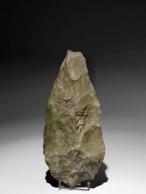 Olduvai handaxe Phonolite, 1.2–1.4 million years old, found in Olduvai Gorge, Tanzania in <i>A History of The World in ...