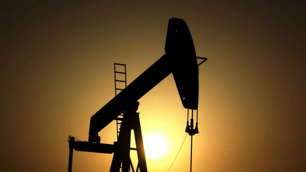 Oil falls to three-month low on Iran output boost, dollar surge