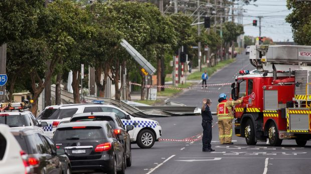 The roof laid in the middle of the road in Essendon on Sunday, causing disturbance to traffic flow.