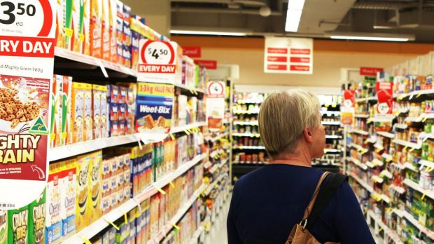 Coles is offering loyalty card holders discounts of up to 15 per cent off big-basket shops to drive sales as Woolworths' ...