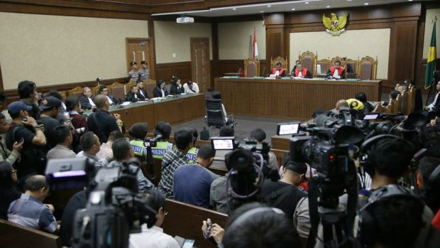 Jessica Wongso hears judges deliver their verdict at Central Jakarta District Court on Thursday.