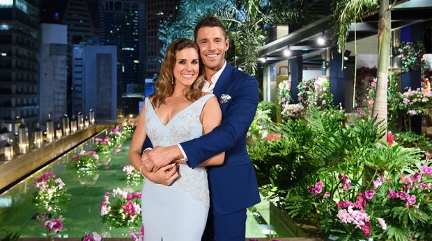 Georgia Love And Lee Elliott The Happy Couple In Final Installment Of Bachelorette