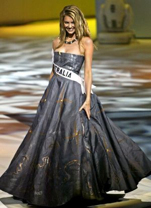 Jennifer Hawkins during the Miss Universe contest in 2004.