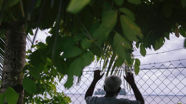 Nearly 200 asylum seekers and refugees are housed on Manus Island.
