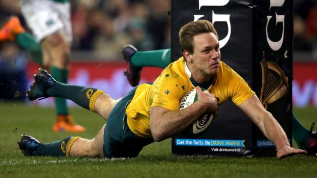 Dane Haylett-Petty has re-signed with the Force.