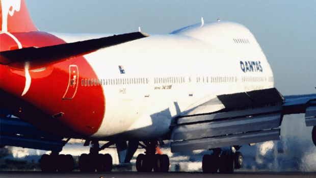 A Perth bound Qantas flight was delayed after the plane was too heavy to fly.