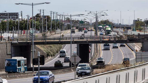 The English Street bridge over the Tullamarine freeway near Essendon Fields is already closed to be pulled down.