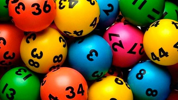 Lucky Canberra shopper wakes up millionaire in Monday night's Lotto