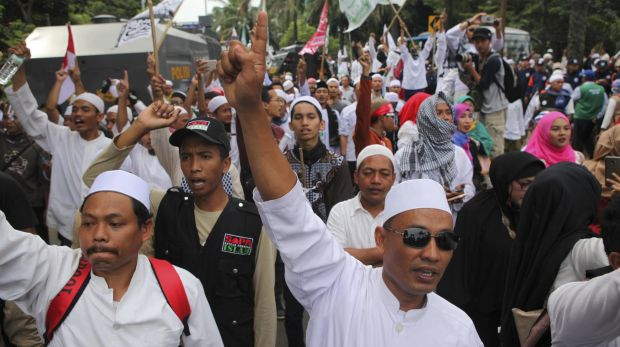 Jakarta candidate Anies Baswedan surging in polls, but ...