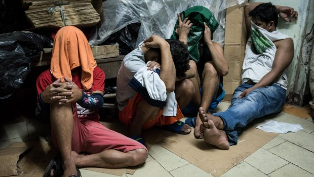 vigilantes and the philippine government Society and the philippine government that the human rights  9,000 were killed  by both police and vigilantes7 according to an investigation conducted.