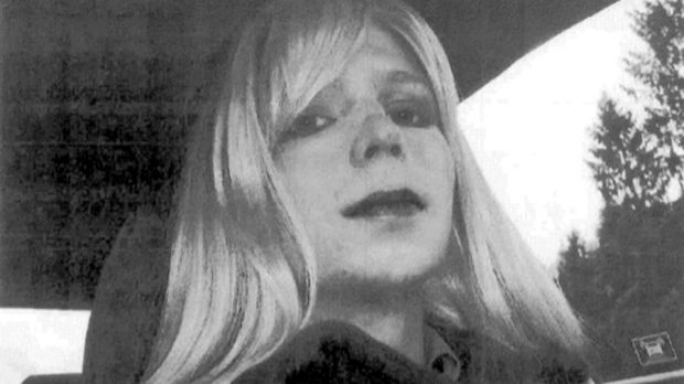 Wikileaks whistleblower Chelsea Manning released from prison