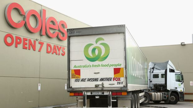 coles and woolworths weakness Aldi's fresh food offer puts heat on woolworths and coles : cracked eggs and squished fruit hold key to online groceries war supermarket home deliv.