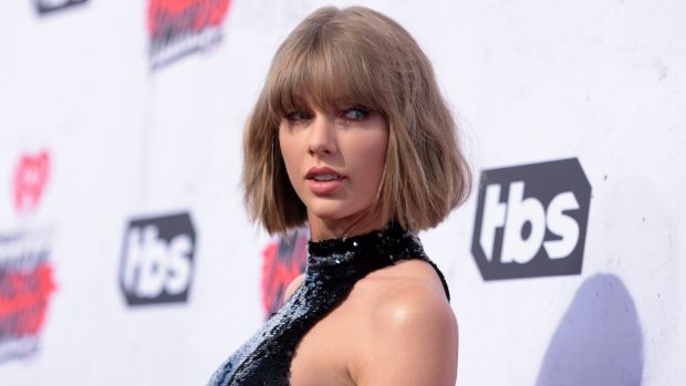 Taylor Swift says DJ subjected her to long, intentional grope under her skirt