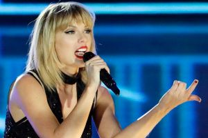 Taylor Swift claims Colorado radio host David Mueller groped her in June 2013.