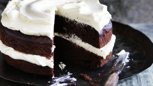 An average slice of cake in Australia  contains almost 1000 more kilojoules  than it did two decades ago.