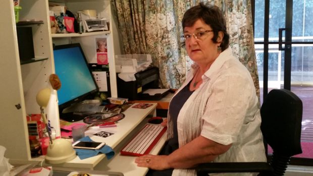Jan Marshall is warning people to learn from her experience and stay clear of online romance scanners.