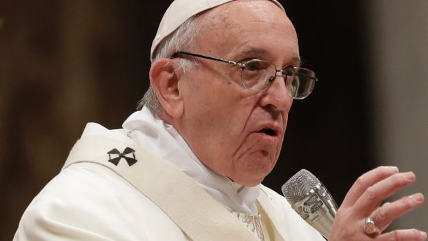 """""""Work gives us dignity"""": Pope Francis appeals to managers' morals."""