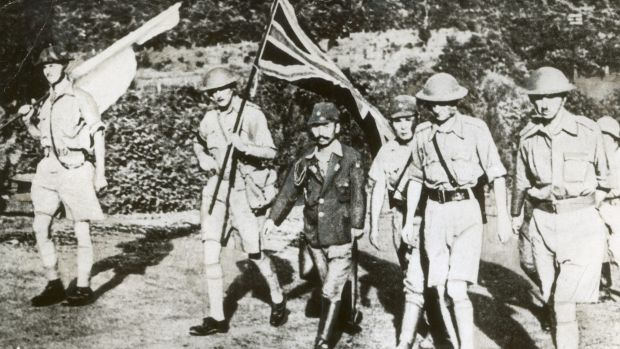 Fall of Singapore: Staff Officer Sugita conducts Lt. General Arthur Percival (right) and other British officers to the ...