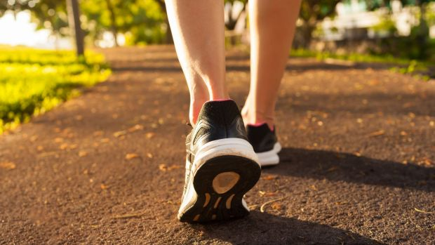 An extra 2300 steps a day could cut hospital bed-days among older Australians, research shows.