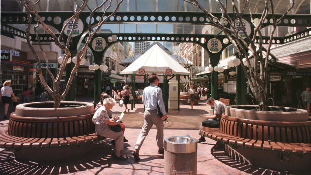 Queen Street Mall as it looked in the late 1990s, when it was paved with tiles.