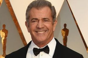 Rosalind Ross and Mel Gibson arrive at the Oscars.