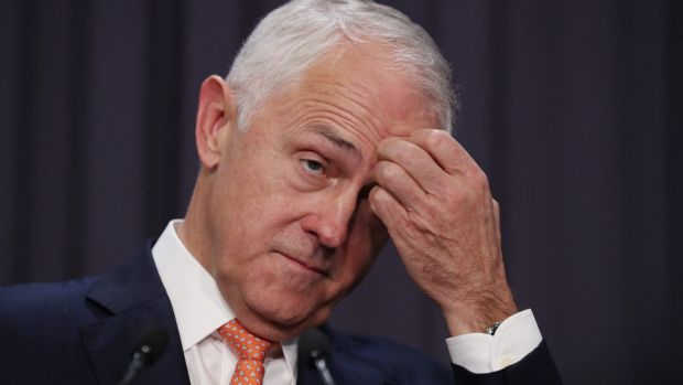 Prime Minister Malcolm Turnbull is struggling to close Labor's poll lead.