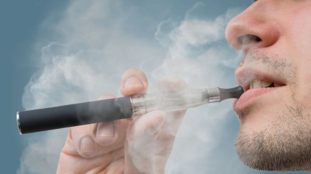 Switching to E-Cigarettes Can Lengthen a Person's Life