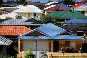 Melbourne's property price growth has outpaced Sydney's growth for third quarter in a row.