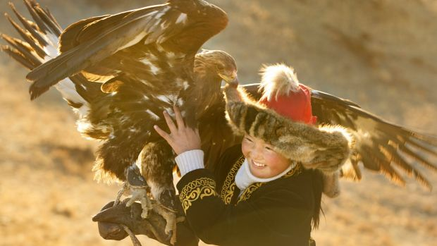 Aisholpan Nurgaiv faces familiar objections as she challenges male tradition in <i>The Eagle Huntress</I>.