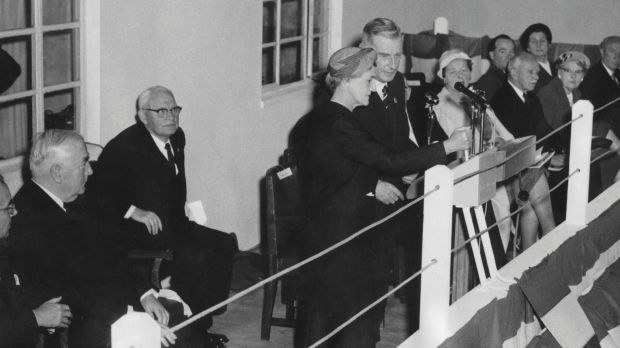 Dame Pattie Menzies, assisted by the Chairman of the Snowy Mountains Authority, Sir William Hudson, closing the switch ...