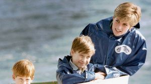 Princess Diana at Niagara Falls with Prince William and Prince Harry.