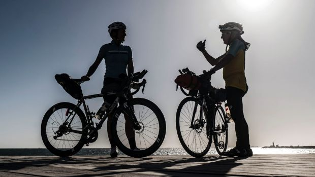 Riders get ready for the the Indian Pacific Wheel Race.